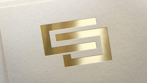 موکاپ نمایش لوگو به صورت طلاکوب