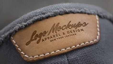 موکاپ لوگو چرمی روی پوشاک